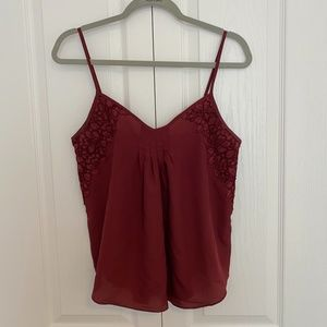 Aritzia Wilfred burgundy tank with lace detailing